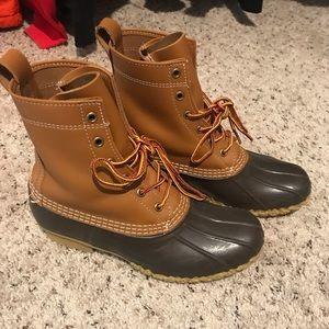 L.L.Bean duck boots size 8